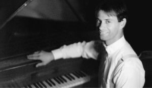 Graham Bishop: Piano player in Ain't Behavin